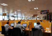 "Vista parcial del ""call center"" de Orange en Guadalajara."